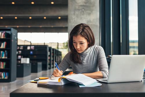 10 dicas imperdíveis para te ajudar a estudar inglês
